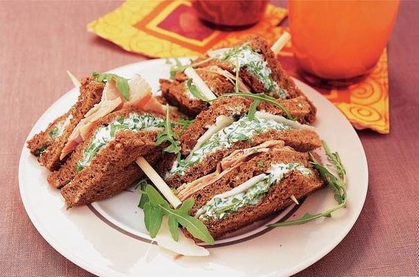 spicy club sandwich with kohlrabi