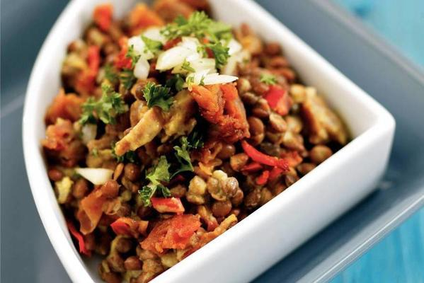 lentils with parma ham and red pepper