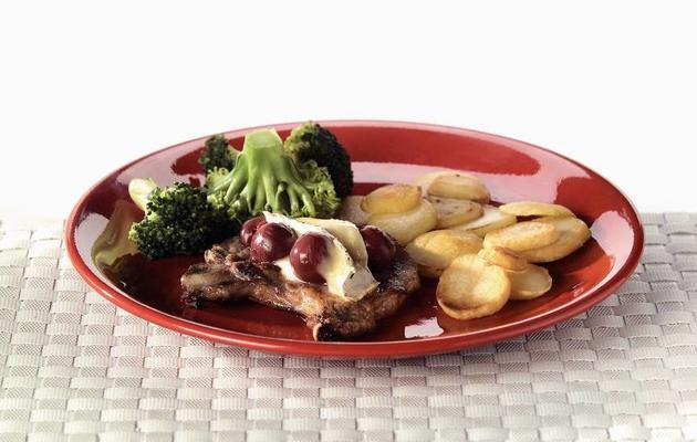 chops with cherries and brie