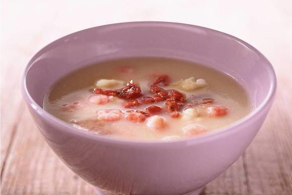 cauliflower soup with prawns