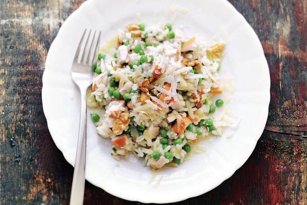risotto with chicken and walnuts