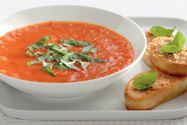 paprika tomato soup with fish patécrostini