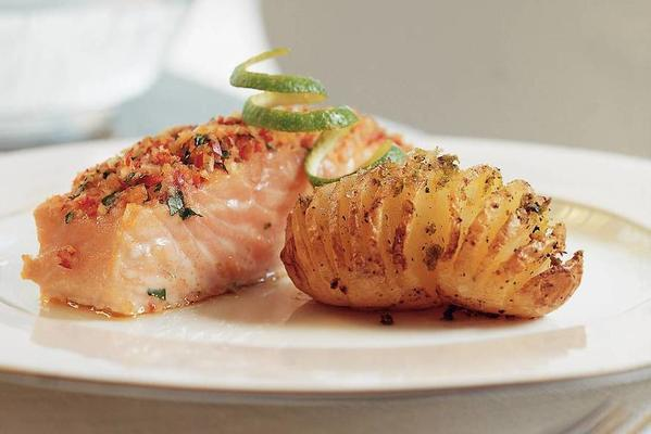 salmon fillet with red peppercorn and lime potatoes