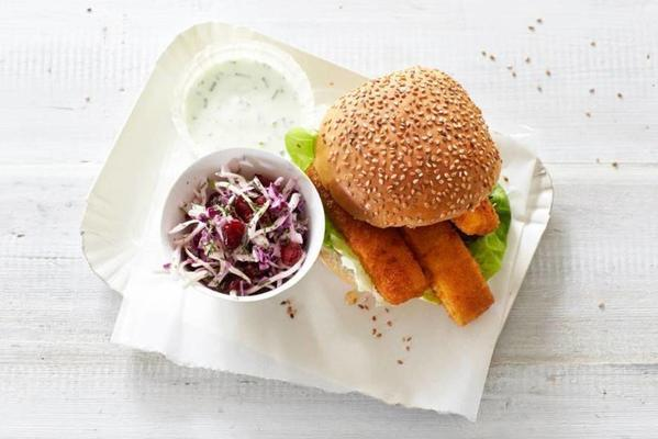 sandwich fish stick with coleslaw