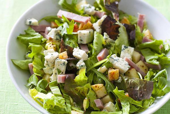 endive salad with apple