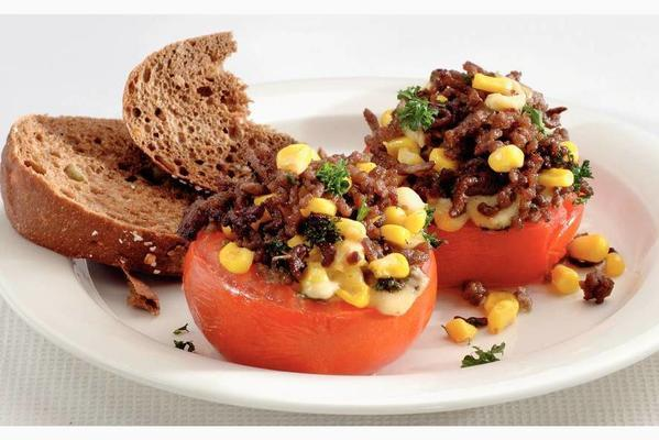 stuffed tomato with minced meat and corn