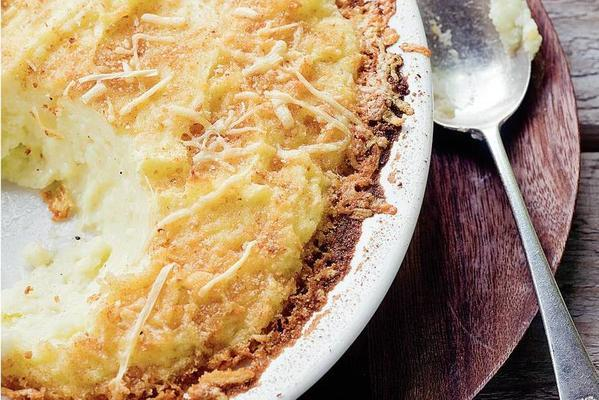 velvety mashed potatoes with cheese from the oven