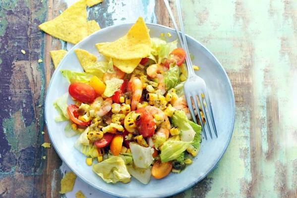 salad of roasted corn and shrimps