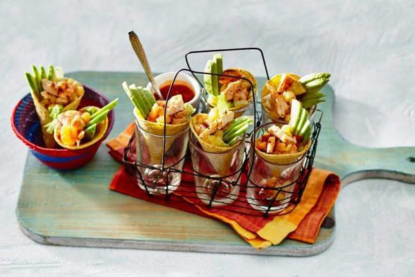 tacocones with chicken and pineapple