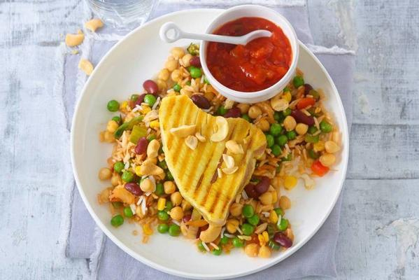 fast pilav with grilled curry tuna steak