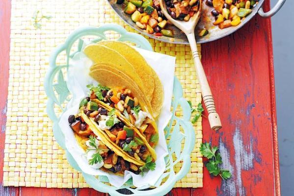 tacos with vegetable chilli carne and sweet potato