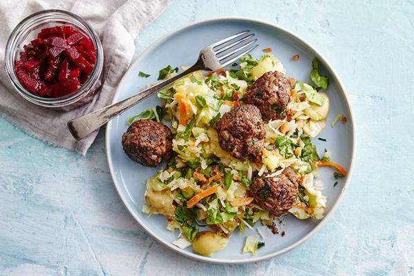 Danish meatballs with beetroot and potato huts