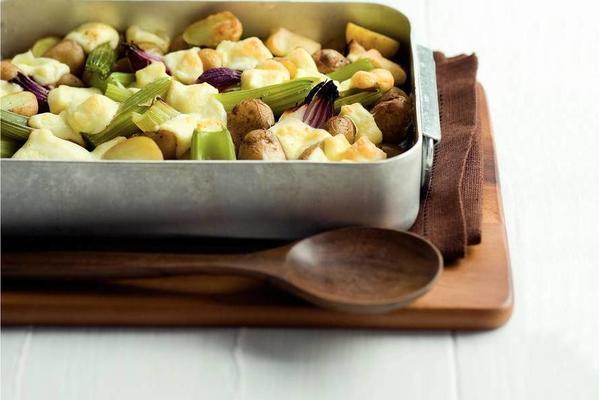 potato-celery dish with port salut