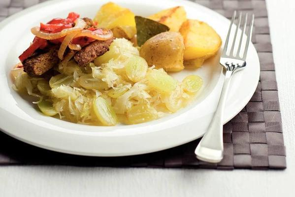 grape sauerkraut with onion burgers