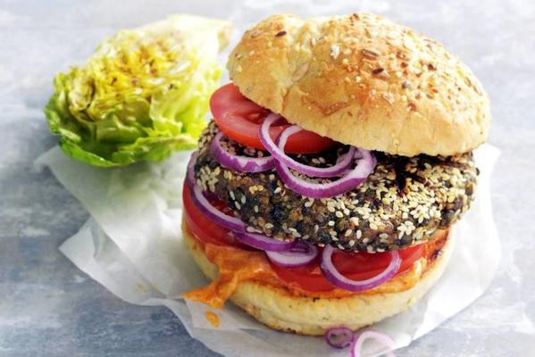 roll of lentil burger with harissa