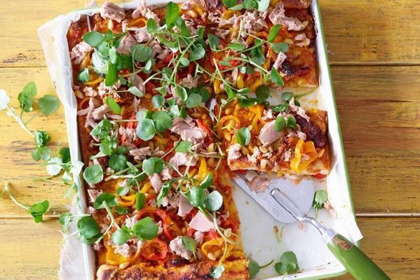 plate pizza with tuna and paprika