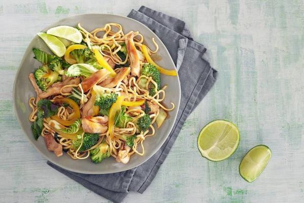 fresh stir fry of free-range chicken, broccoli, bok choy and noodles