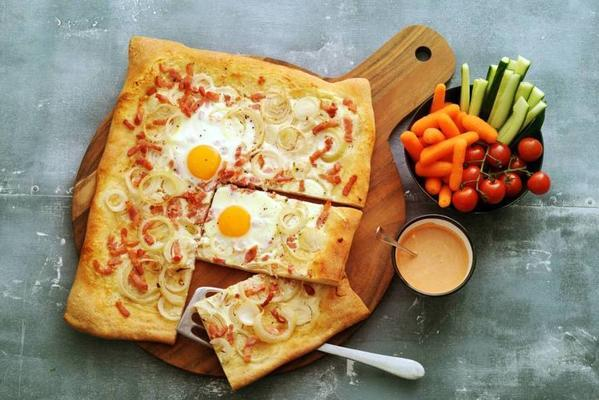 flammkuchen with raw vegetables and fresh tomato dip