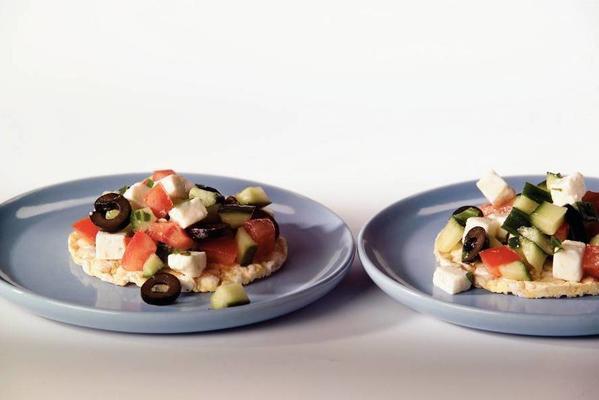 cracker greek salsa