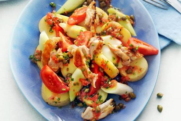 leeks with tomato dressing, grilled chicken and potato