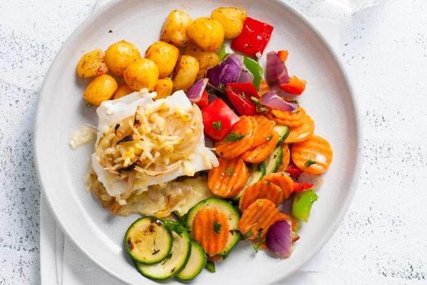 scalloped cod with bantam and wok vegetables