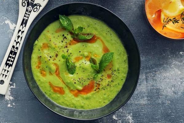 garden pea soup with chorizo oil