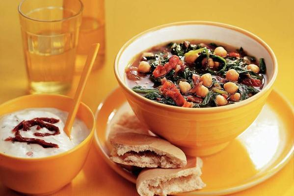 chickpea soup with spinach and yoghurt