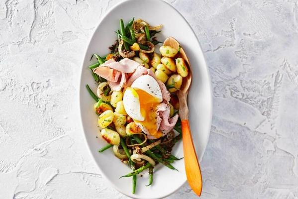 truffle gnocchi with haricots verts, egg and fricandeau