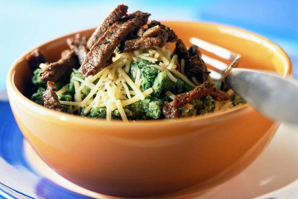 spinach preserves with provençal beef strips