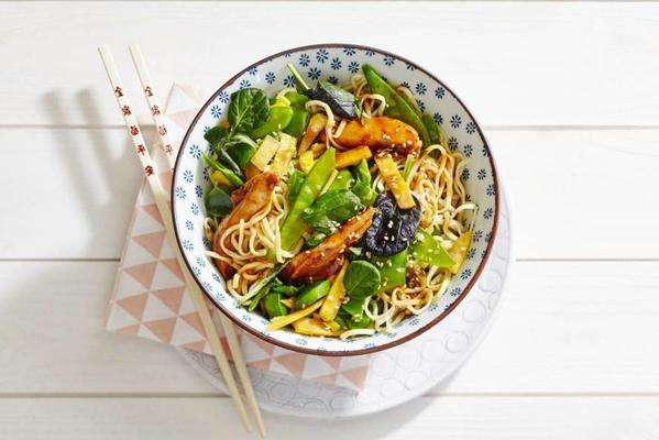 noodles with chicken, asian wok vegetable and sesame soy sauce