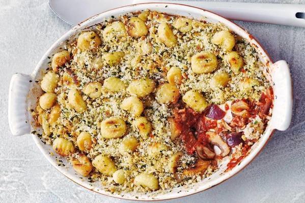 oven gnocchi with tuna, mushrooms and tomato
