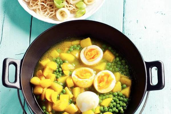 noodles with leek and potato