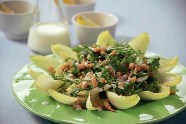 chicory prawn salad