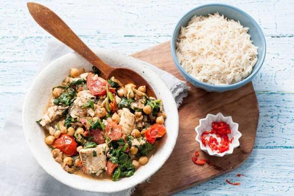 fish curry with spinach and chickpeas