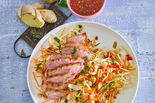 monique of loons roasted duck breast on vietnamese salad