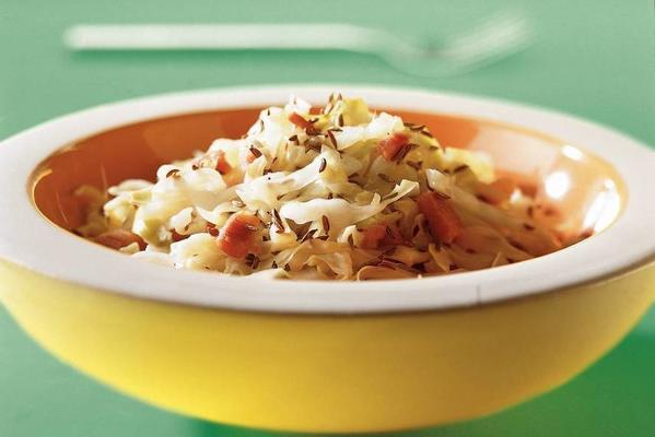 lukewarm pointed cabbage salad with caraway seed