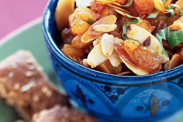 almond raisin salsa