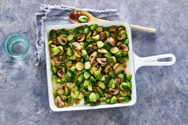 sprouts stew with mushrooms