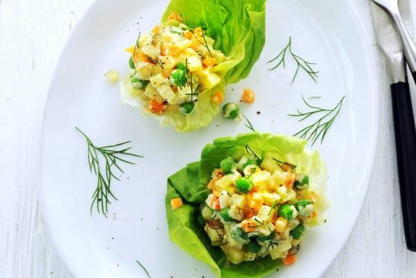 muscat salad with dill