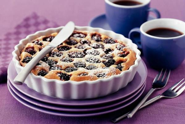 ricotta clafoutis with blackberries and vanilla