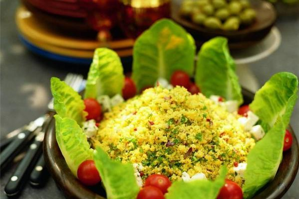 tabbouleh with tomatoes and cheese