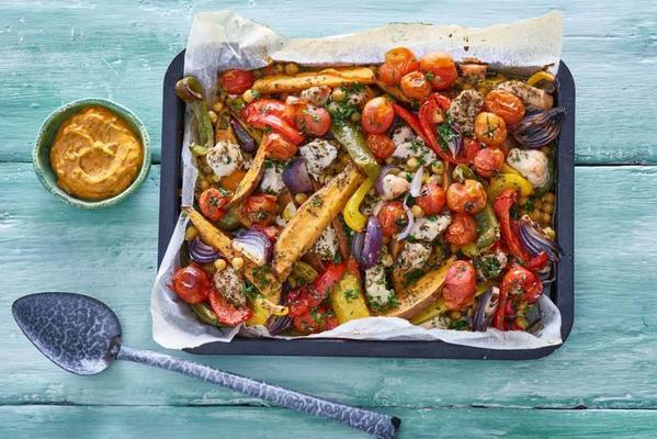 oven vegetables with sweet potato and chicken