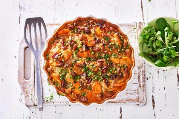 quiche with chicken and vegetables