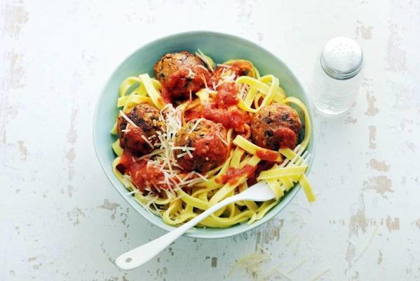 tagliatelle with veggie balls in tomato sauce