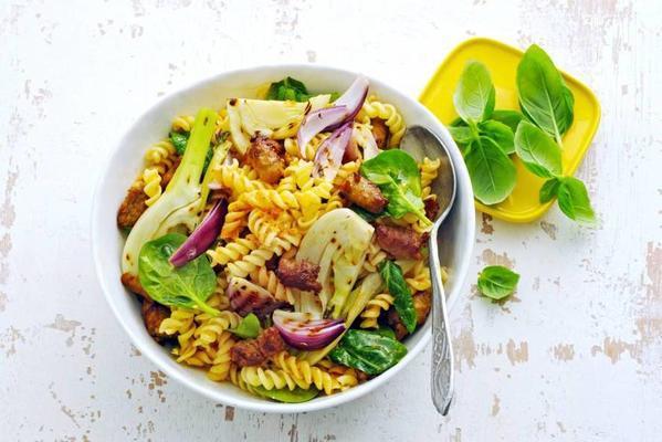 pasta fennel spinach salad with chipolata