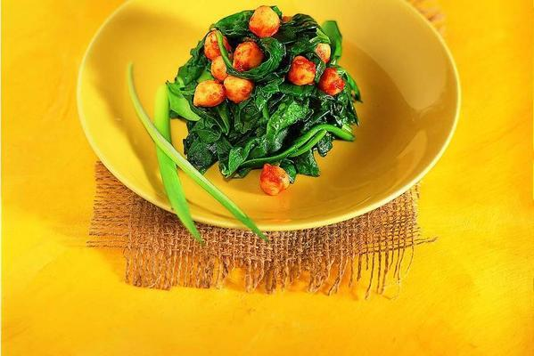 spicy spinach with chickpeas