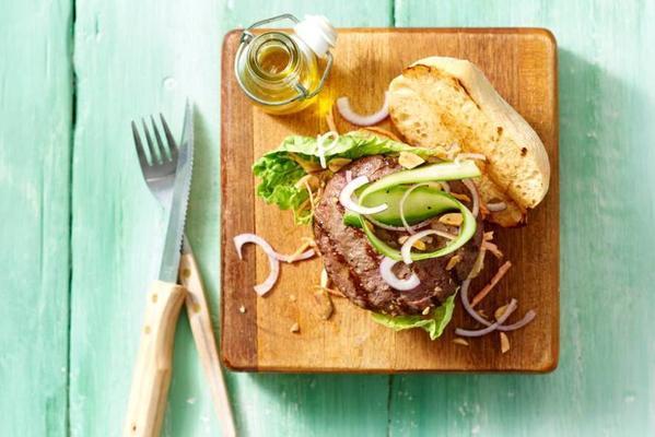 Vietnamese beefburger