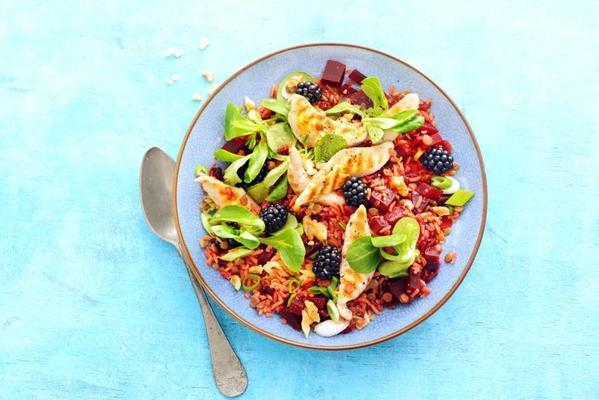 rice-lentil salad with chicken, beet and blackberries