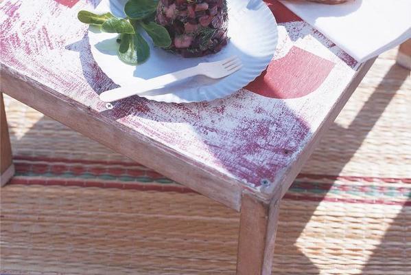 herring tartare with toast