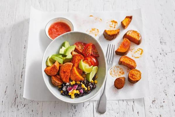 tex-mexal salad with oven-roasted sweet potato